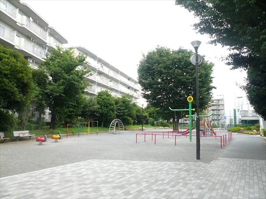 コープ野村厚木愛甲 公園_R